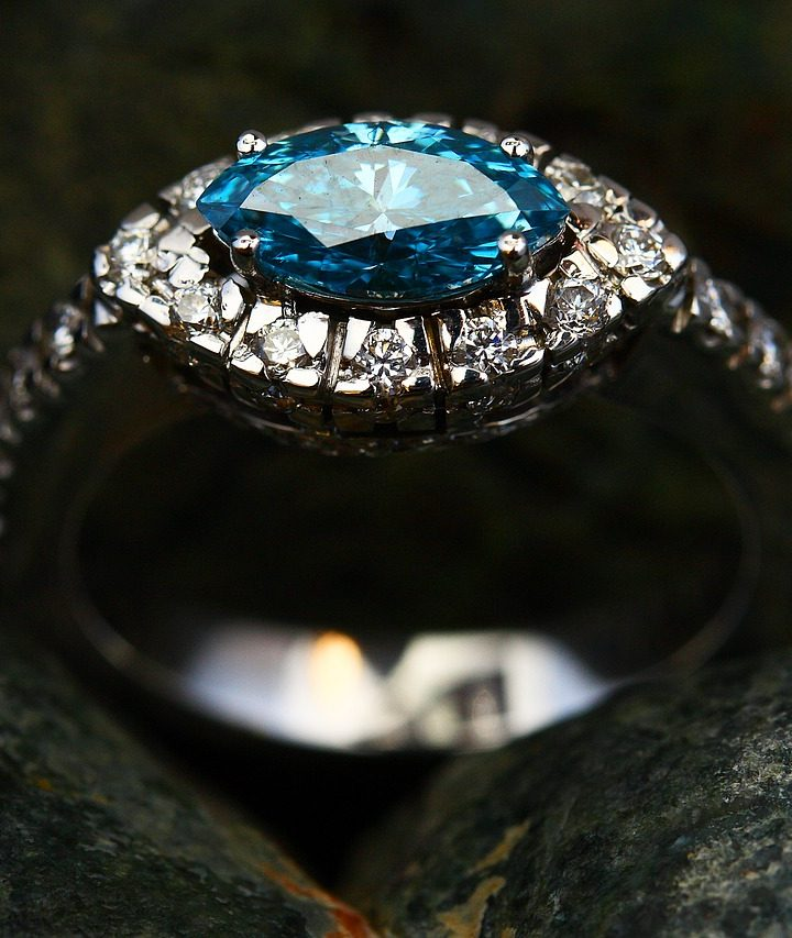 The Do's And Don'ts When Buying An Engagement Ring